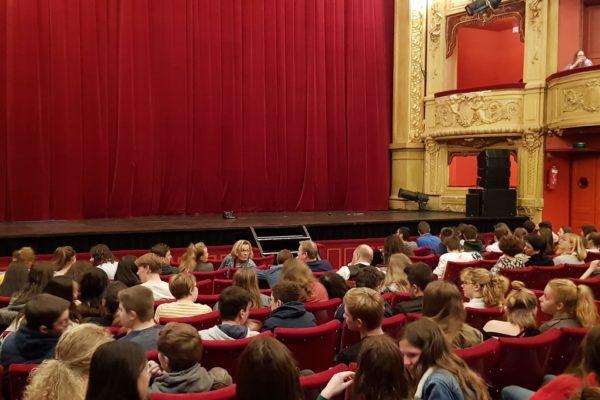 Sortie des Lycéens au Théâtre Jean-Vilar de Saint-Quentin