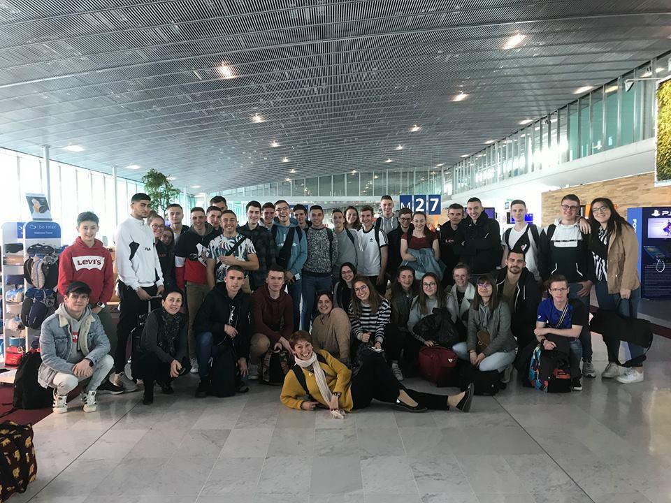 élèves de Saint-Charles aéroport pour Etats-Unis