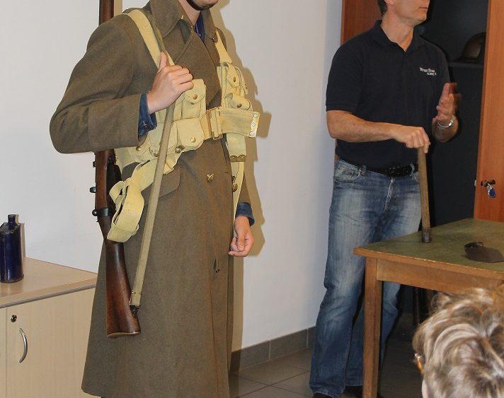 élève de Saint-Charles déguisé en poilu 1ère Guerre Mondiale