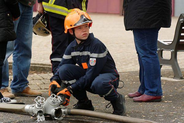 Depuis la rentrée, il est possible de suivre une formation de Jeune Sapeur-Pompier au collège de l'Institution Saint-Charles de Chauny